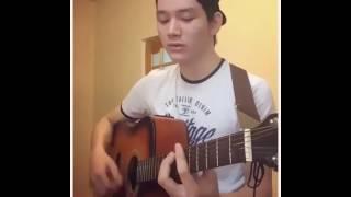 Тусимдеги кыз Торегали Тореали на гитаре